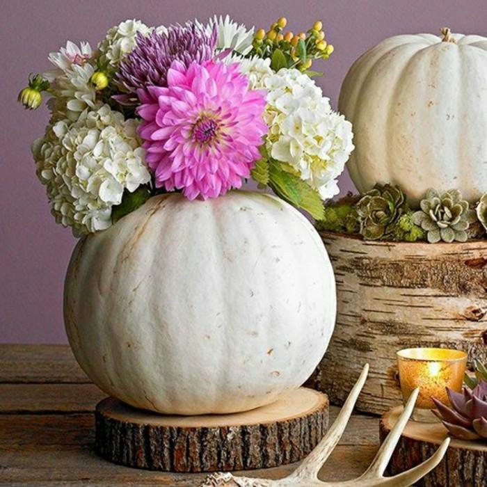 comment-faire-une-vase-de-citrouille-composition-florale-automne-idee-deco-halloween-dit