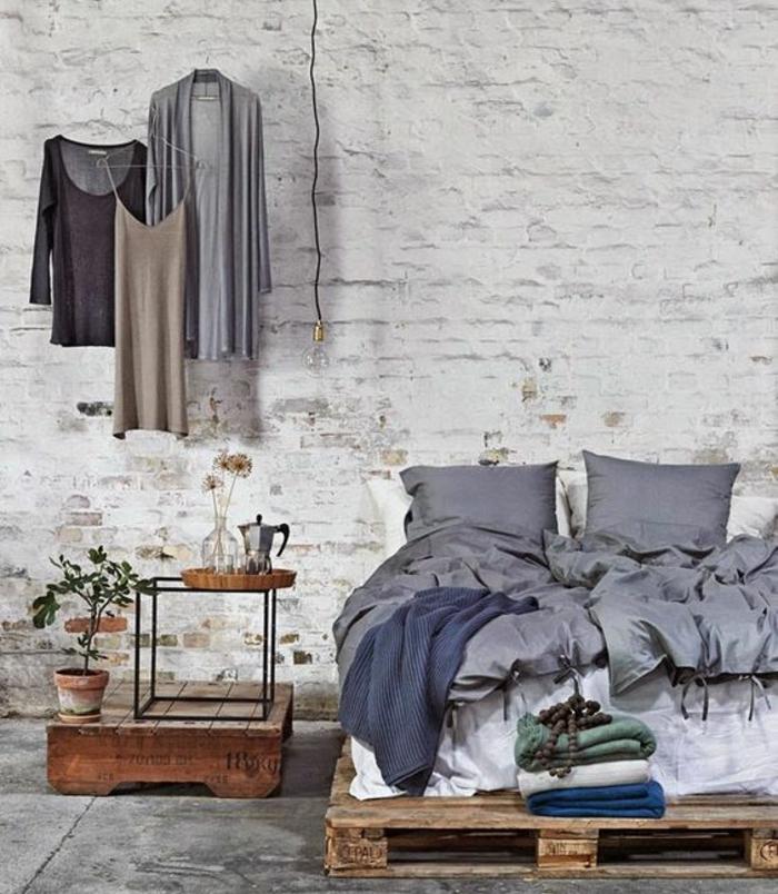 comment-fanriquer-un-lit-en-palette-la-suggestion-prafaite-pour-une-chambre-dans-le-style-industriel