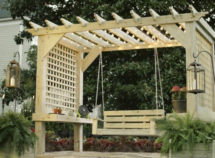 construire-une-pergola-bois-design-tres-sympa-balancoire-suspendu-du-toit