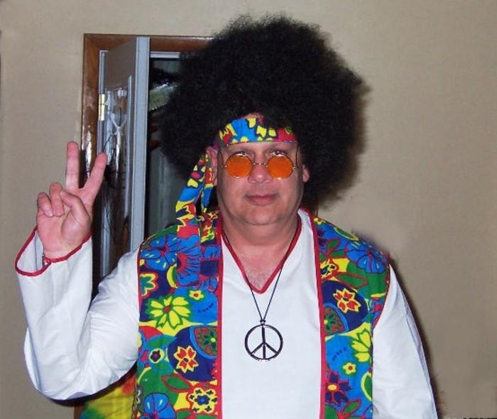 costume-hippie-idea-disguise-halloween-tres-simple-qui-va-pas-manger-votre-temps