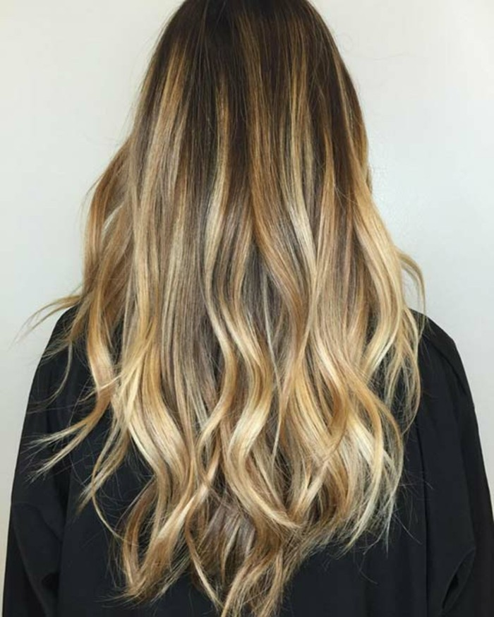 couleur-balayage-pour-brune-cool-idees-a-faire