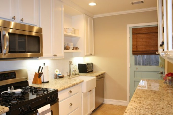 couleur-peinture-cuisine-beige-suggestion-magnifique-idee-peinture-petite-cuisine