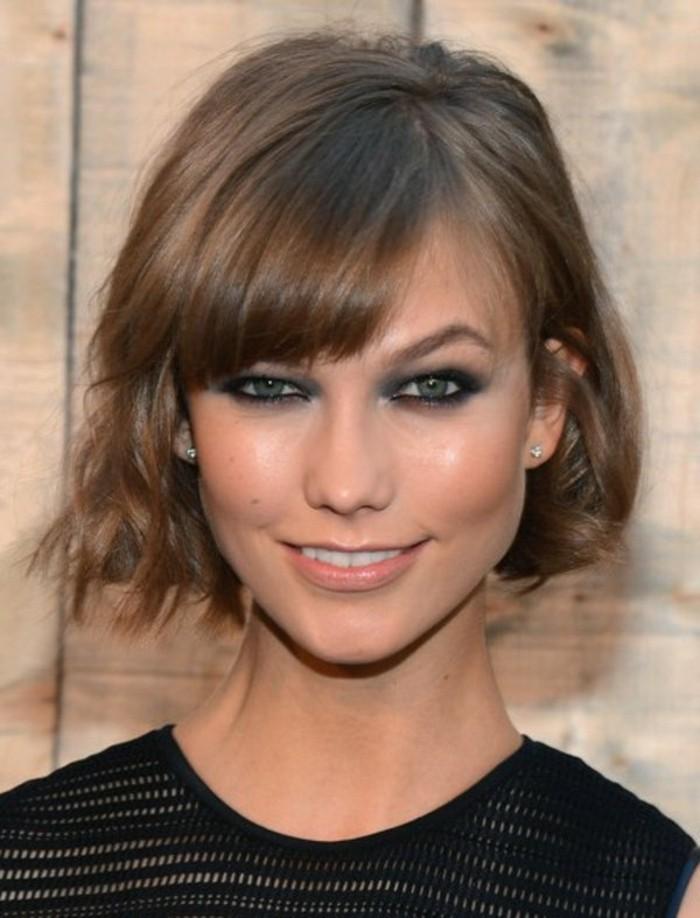 coupe-courte-des-stars-coiffure-coure-en-marron-chatin-cheveux-des-stars-tendances-chez-les-coiffures