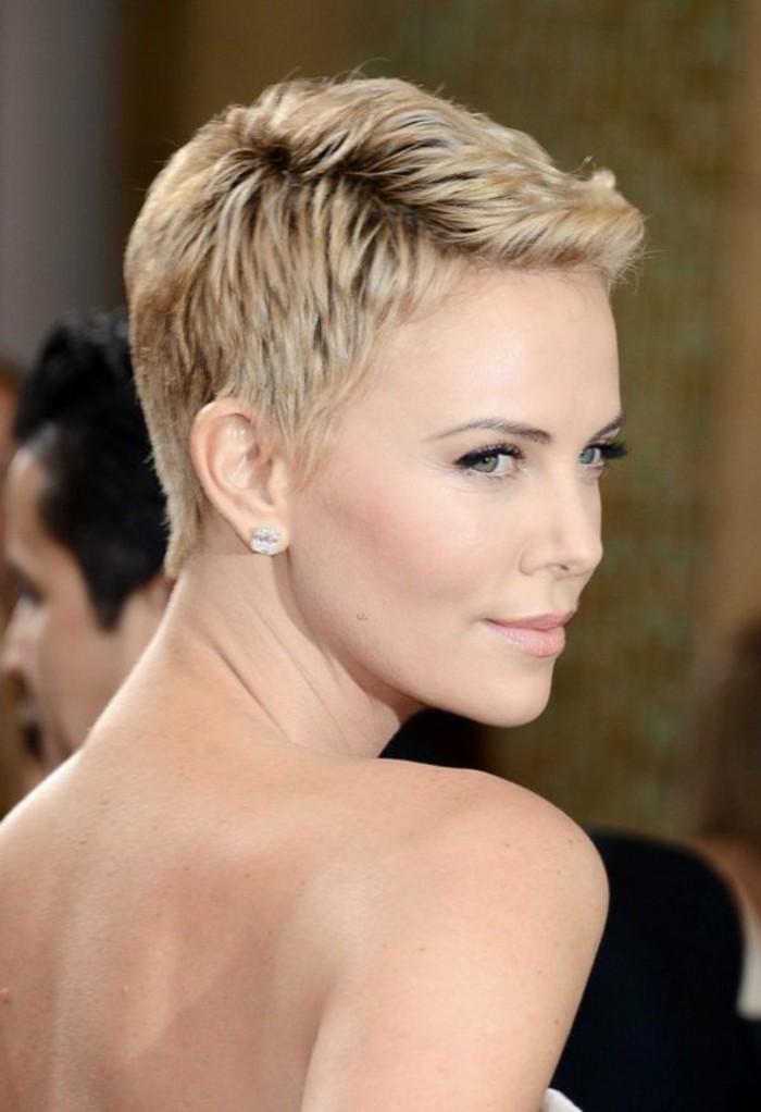 coupe-courte-femme-blonde-coiffures-courtes-des-stars-quelle-coiffure-pour-une-coupe-courte