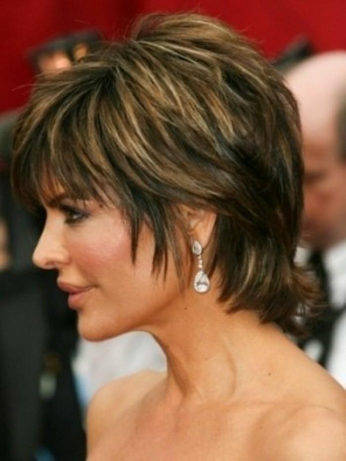 coupe-de-cheveux-femme-court-balayage-coiffure-courte