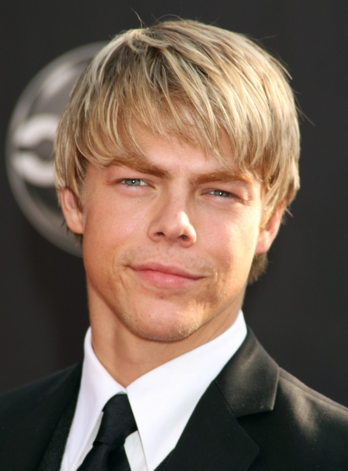 Coiffure homme court blond - Coupe homme meche blonde ...