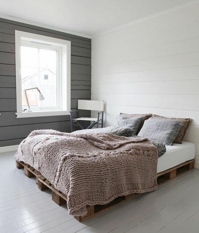 decor-aux-lignes-epurees-meuble-en-palette-lit-bois-brut