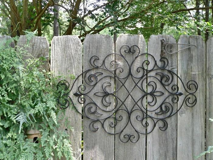 decoration-murale-exterieure-muret-jardin