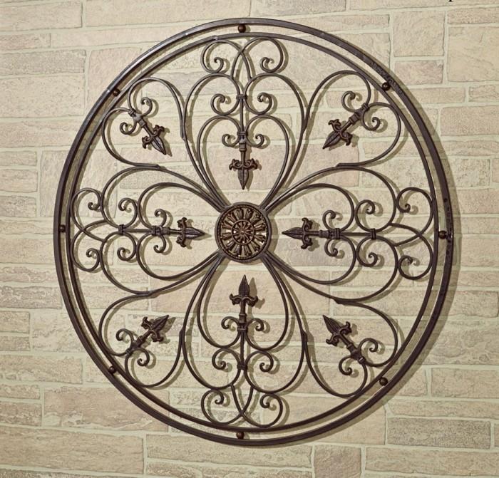 decoration-murale-exterieure-palissade-en-bois