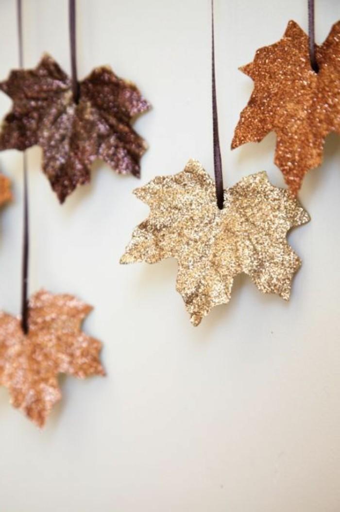 deco-avec-feuilles-oranges-d-automne-activite-manuelle-adulte