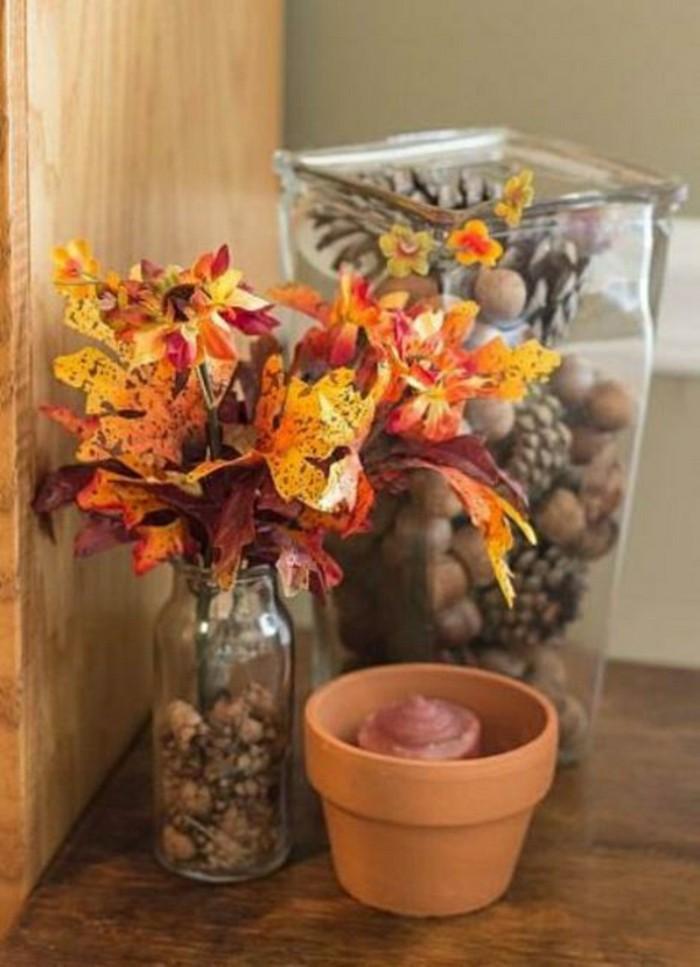 deco-avec-pin-de-cone-feuilles-orandes-marrons-bricolage-halloween-primaire-idee