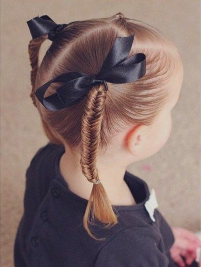 Pigtail cheveux anaux tirant