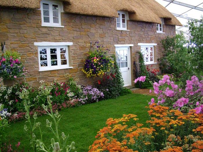 design-jardin-anglais-gazon-a-l-anglaise-bell-pelouse