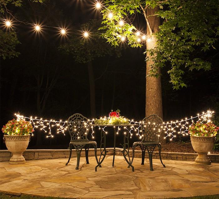 eclairage-terrasse-exterieur-guirlandes-eclairer-jardin