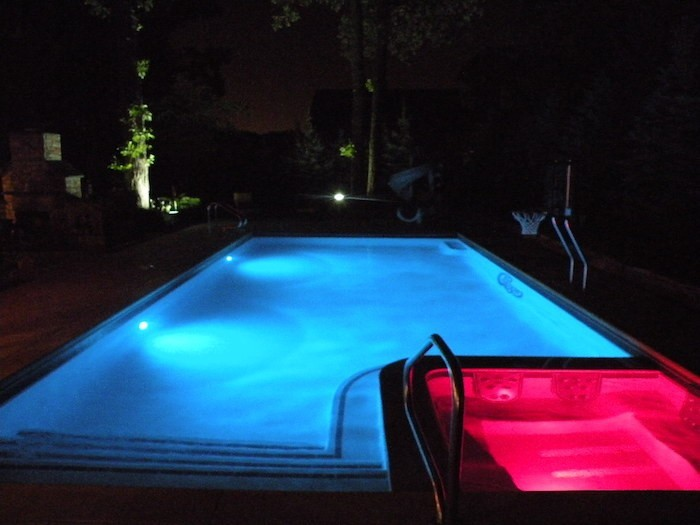 eclairage-piscine-ampoule-led