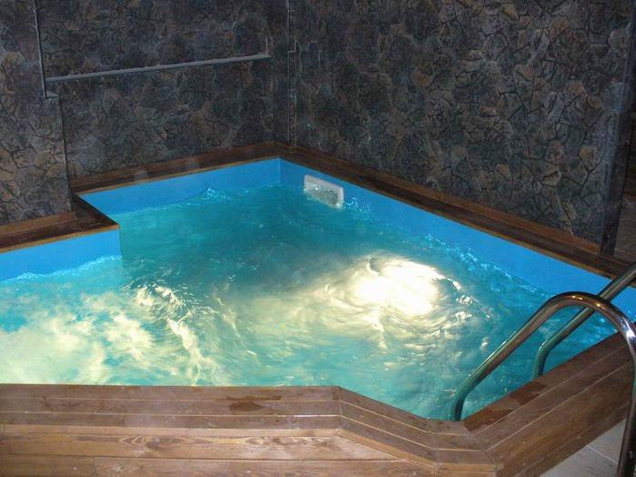 eclairage-piscine-ampule-led