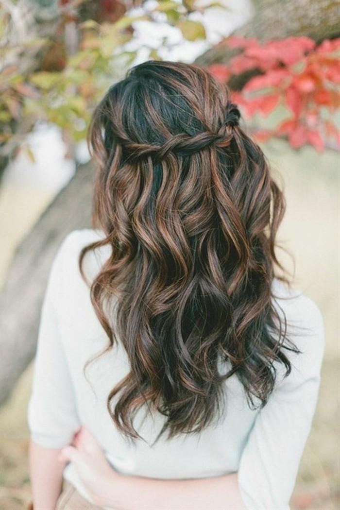 excellente-balayage-marron-clair-coiffure-braid-tresse