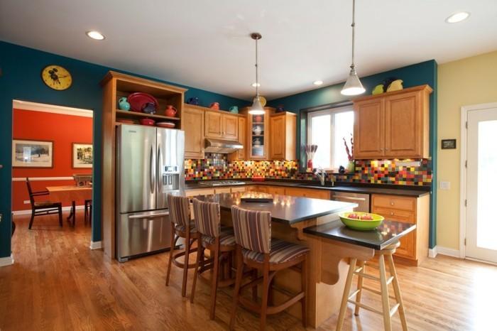 excellente-idee-couleur-peinture-cuisine-bleu-petrole-meubles-cuisine-en-bois-carrelage-multicolore