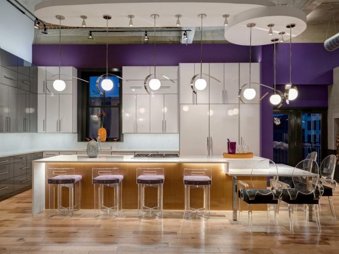 exemple-peinture-cuisine-mauve-modele-cuisine-ultra-moderne-plusieurs-luminaires-meubles-design-interessant