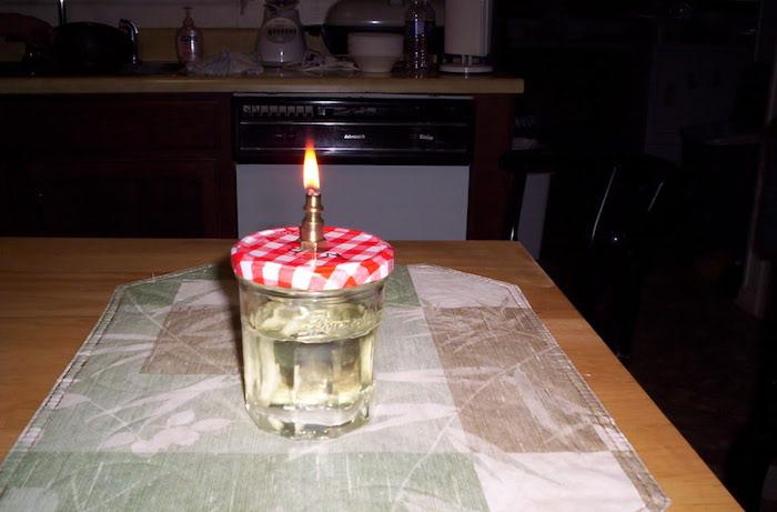 fabriquer-lampe-a-essence-diy