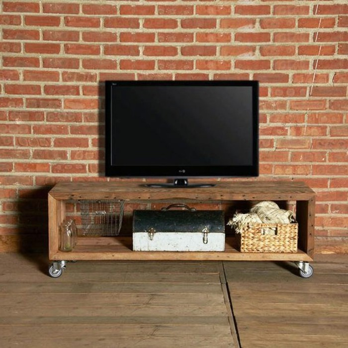 fabriquer-un-meuble-tv-minimaliste-modele-meuble-en-bois-a-roulettes