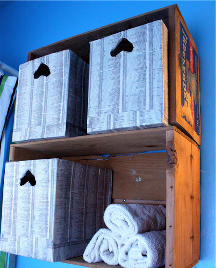 Diy recycler une caisse en bois deco en 40 id es - Fabriquer une bibliotheque en bois ...