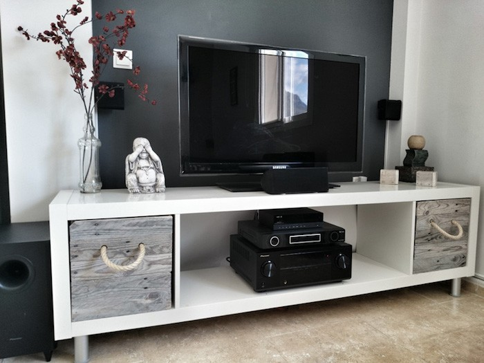 Tag re kallax ikea 69 id es originales de l 39 utiliser for Meuble tv etagere