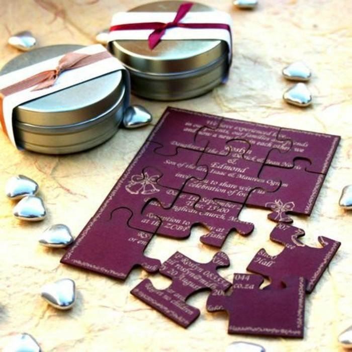 faire-part-mariage-puzzle-originale-idee-pour-carte-d-invitation-mariage-en-violette-fonce-puzzle