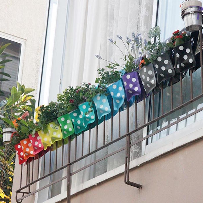 flora-pockets-jardiniere-balcon-jardiniere-plastique-original-design