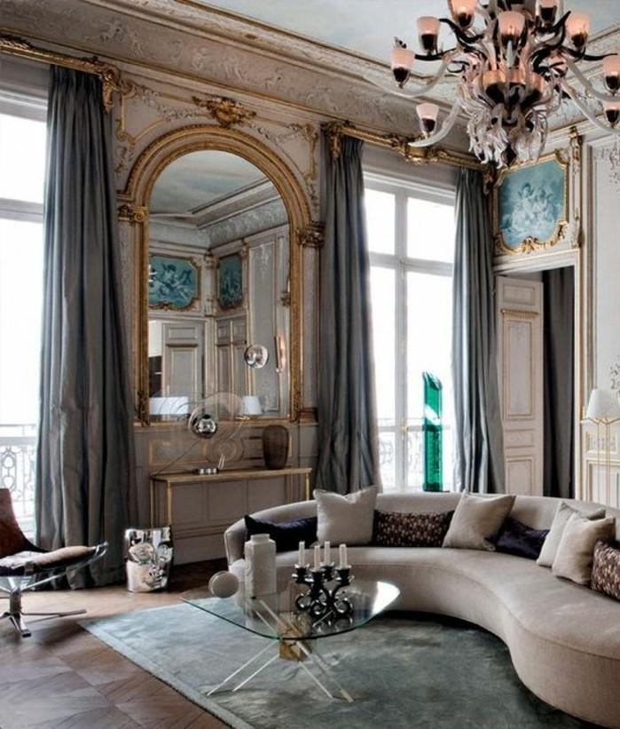 grand-miroir-ancien-grande-salle-de-vie-sofa-ondulant