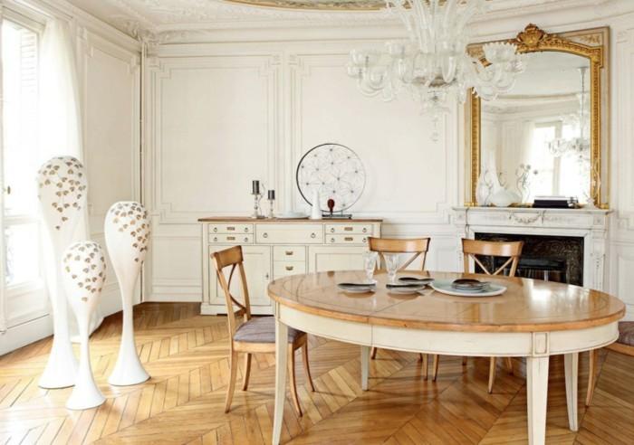 grand-miroir-ancien-plafonnier-moderne-salle-a-manger