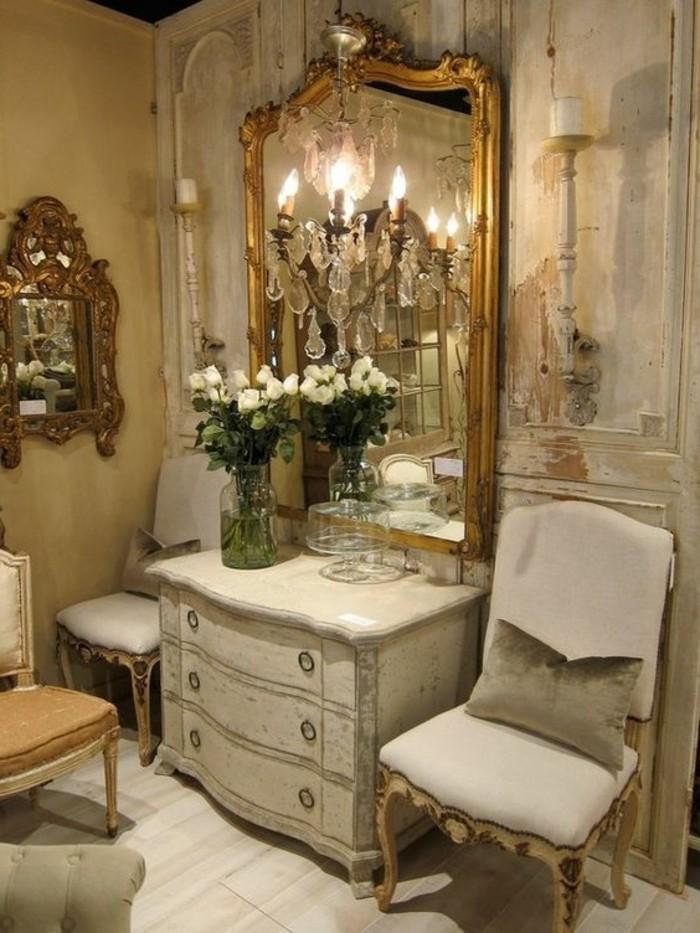 grand-miroir-ancien-pour-lentree-meuble-blanc-shabby