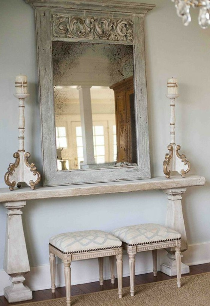 Comment d corer avec le grand miroir ancien id es en for Coiffeuse avec miroir ancienne