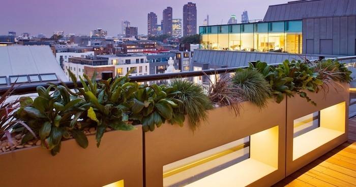 idee-jardiniere-balcon-design-moderne