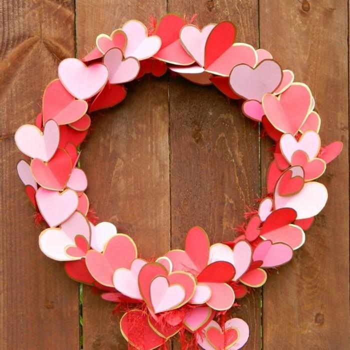 idees-st-valentin-deco-st-valentin-originale-idee-pour-la-porte