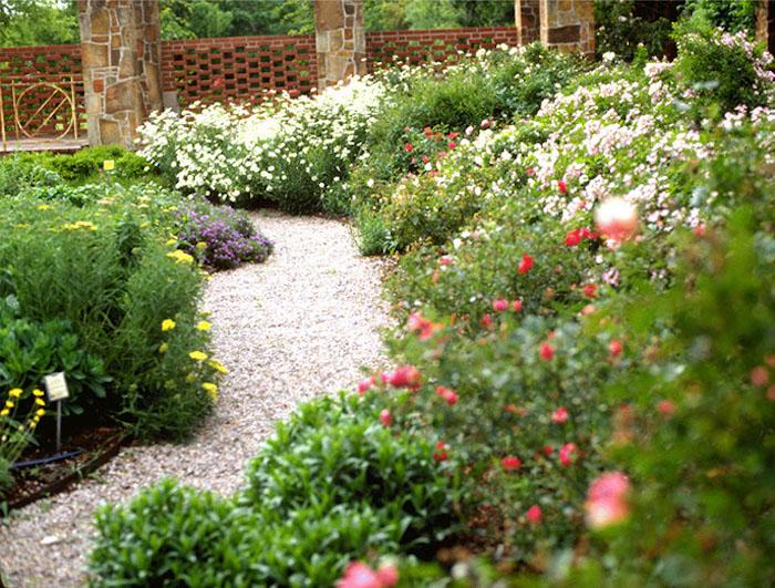 Jardin et gazon anglais optez pour le style so british for Jardin in english