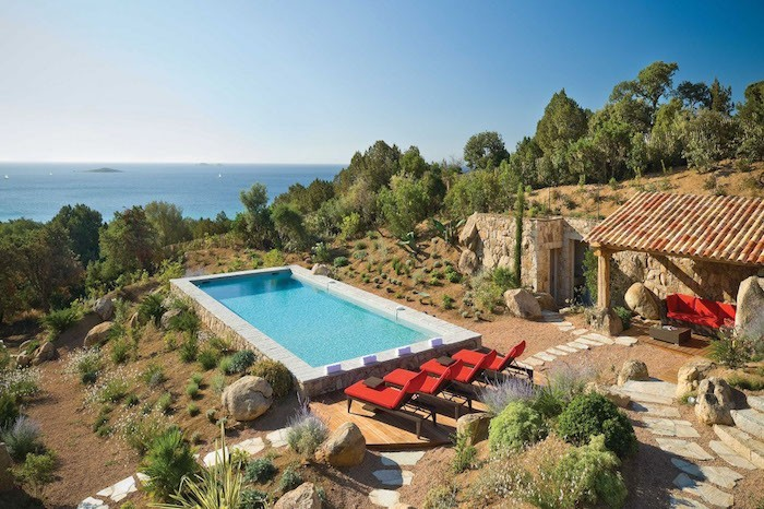 jardin-mediterraneen-corse-idee-deco-design