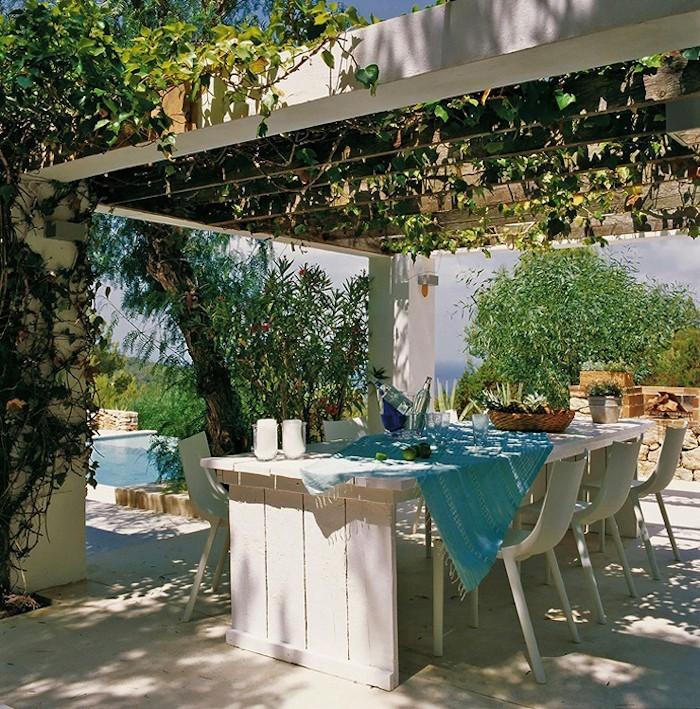 jardin-mediterraneen-espagnol-idee-deco-design-terrasse