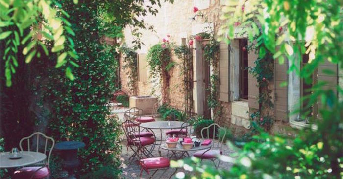 jardin-mediterraneen-france-francais-provence-procencal-idee-deco-design-decoration-style