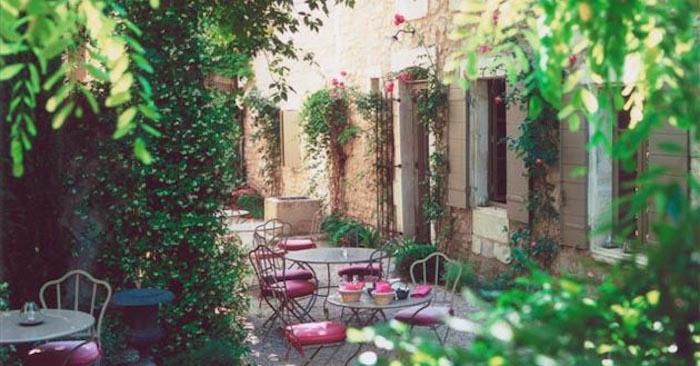jardin-mediterraneen-france-francais-provence-procencal-idee-deco-design-decoration-style