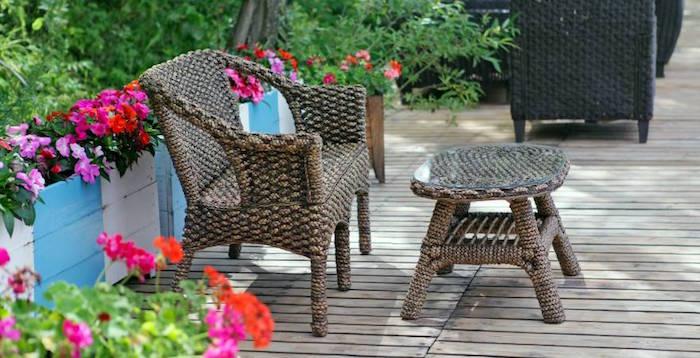 jardin-mediterraneen-grec-egypte-grece-style-idee-deco-design-fleurs