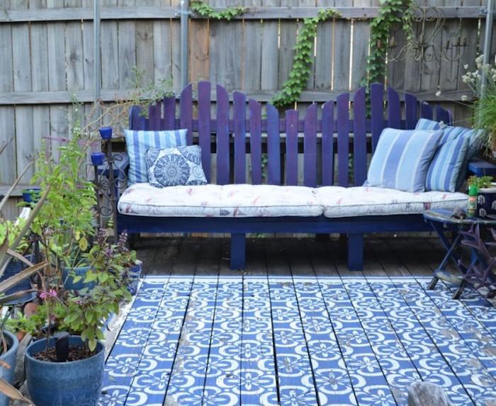 jardin-mediterraneen-oriental-maroc-idee-deco-design-amenagement-objet-chaises-accessoire-canape-coussins