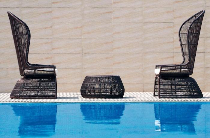 jardin-mediterraneen-oriental-maroc-idee-deco-design-amenagement-objet-chaises-accessoire
