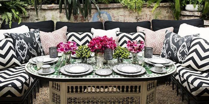 jardin-mediterraneen-oriental-marocain-idee-deco-design-amenagement-objet-chaises-accessoires
