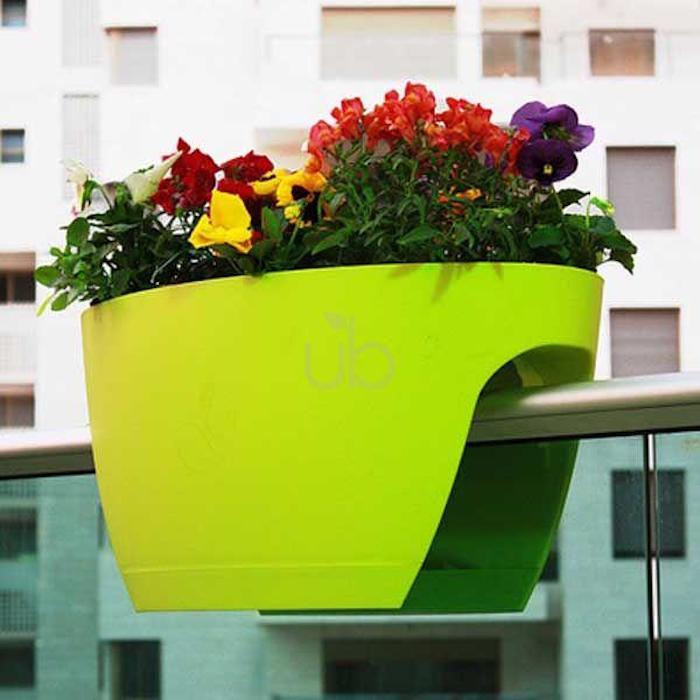 jardiniere-balcon-plastique-design-couleur