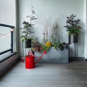 Les meilleures id es pour la terrasse en palette - Jardiniere pour balcon rectangulaire ...