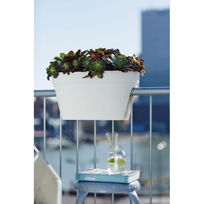 jardiniere-cavalier-a-reserve-d-eau-jardiniere-balcon-balconniere-mylittlejardin