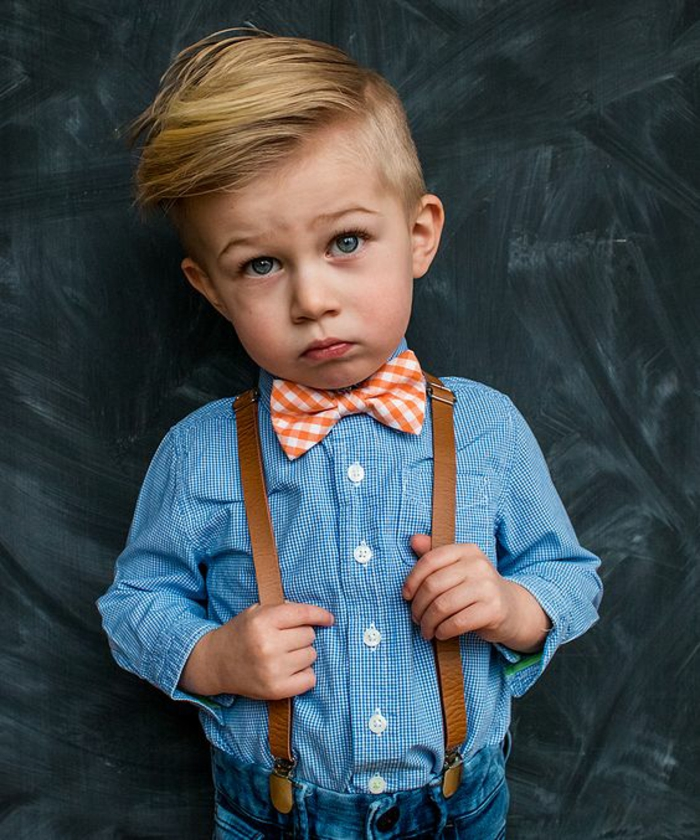 joli-pantalon-à-bretelles-homme-comment-porter-mignon-enfant