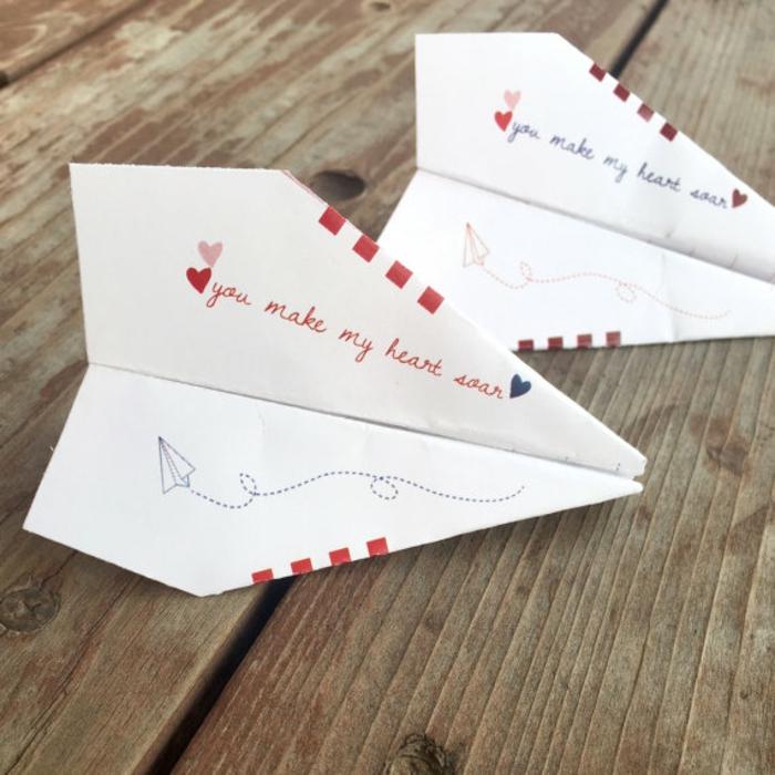 jolie-carte-st-valentin-gratuite-superbe-avion