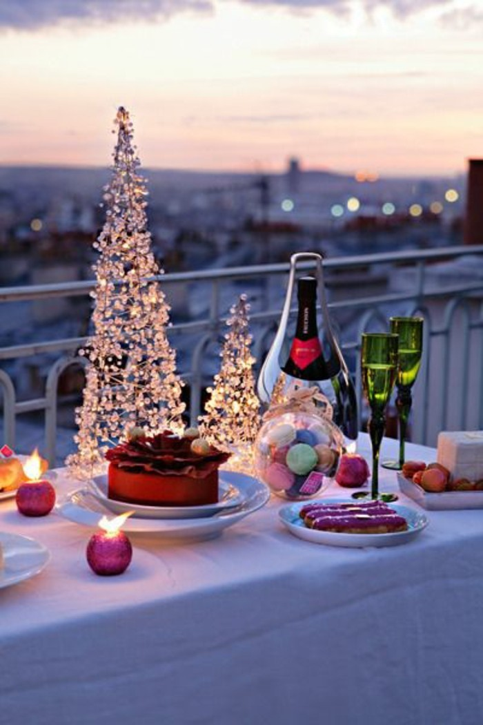 jolie-table-romantique-idee-dessert-saint-valentin-cool-idee-romantique-terasse